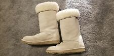 UGG Australia Quilted Mosaic Shearling Insulated Winter Boots 5342 US 9 EU 40