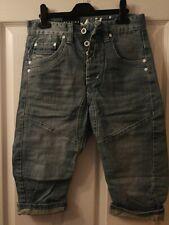 Gio Goi Men Boys Twisted Carrot Hip Denim Shorts Light Stonewash Size 28W BNWT