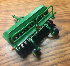 John Deere 1590 Grain Drill 1:64 Scale ERT DieCast Metal 2013