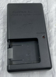 Genuine Original Fujifilm BC-45A Lithium Ion Battery Charger