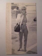 Vintage Wire Press Photo 8/12/84 Elizabeth Taylor Heading to Switzerland