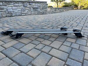 Like New Genuine Mercedes-Benz Basic Carrier Bars For Roof Rails OE 166890149328