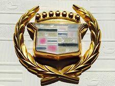 1979 - 1989 Cadillac Eldorado Fleetwood DeVille gold Kofferraum Emblem Ornament