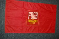 seltene kleine FDGB-Fahne, aus Dederonstoff, Größe 95x57cm