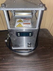 rosin bomb Rocket Wax Machine