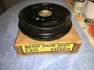 N.O.S. 1960 CORVAIR FRONT BRAKE DRUM