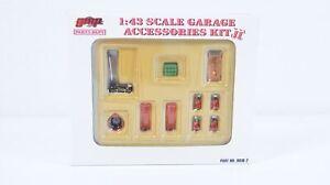 1:43--GMP--9019-2..Garage Accessories Kit II   /  18 D 941