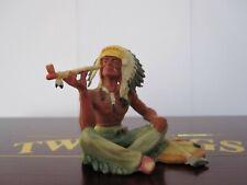 Elastolin Hausser Indianer Häuptling sitzend mit Pfeife 7cm Altbemalung