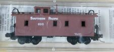 N Scale Micro Trains #51150 34'Caboose. Southern Pacific