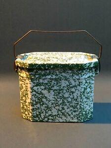 Dreiteilige französische Lunchbox aus grün-weiß  emailliertem Blech Vintage