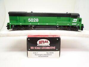 Atlas Ho 8605 C30-7 locomotive, Burlington Northern 5028