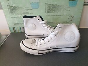 UNISEX WHITE & BLACK LEATHER CONVERSE ALL STAR HIGH TOPS SIZE 7