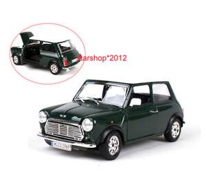 Diecast 1/24 Vehicle Car 1969 Mini Cooper Classic Vehicle Model Toy