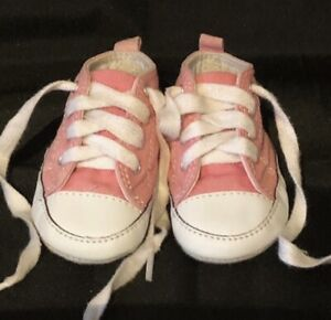 Baby Girl Pink Converse All Stars Pram Shoes first size 2 cotton Lace up 0-3 mth
