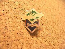 1995 WS World Series Atlanta Braves lapel pin c32342 paint defects