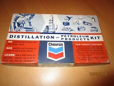 "Vintage : Kit ""CHEVRON"" : Distillation and Petroleum Products"