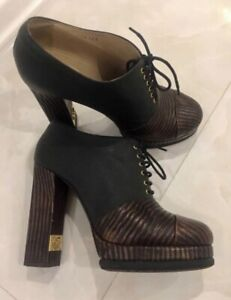 Chanel  Boots  leather size 40,5  Cool
