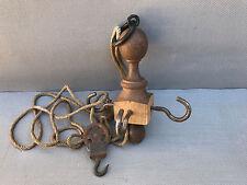 Ancienne suspente et poulie saucisson cuisine métal et bois déco vintage