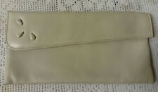"""VINTAGE, """"WHITBEY"""" CREAM, MADE IN ENGLAND LEATHER CLUTCH BAG MADE BAMBERGERS N.J"""