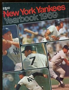 1969 New York Yankees Yearbook May 16th Roster Page EXMT