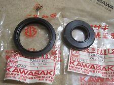 KAWASAKI nos Buje Delantero Conjunto De Sello De Aceite KZ400 Z400 92052-011 & -012 freno de disco