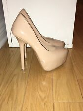 shoes steve madden beige patent leather size 6.5