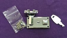 SINGER 221 Feather Weight Case Replacement Lock W/Hardware & Key