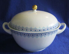 Covered Casserole Dish Wunsiedel Bavaria Germany Blue Flowers Porcelain