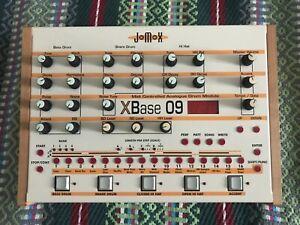 Jomox x base 09 analog/digital drummachine