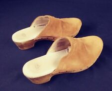 UGG S/N 3284 Leather and Sheepskin / Rubber Outsoles shoes clogs