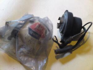 Yamaha HEAD LIGHT SOCKET, NOS! 198-84140-10