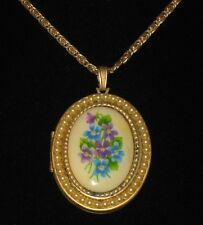 Vtg Avon Forget Me Not Flower Faux Pearl Satin Finish Gold Tone Locket Necklace
