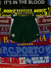 5/5 Ireland adults L umbro soccer football shorts