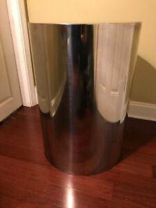 Large cylinder shape chrome Pedestal