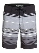 NWT QUIKSILVER AG47 Pacific Stripe BOARDSHORTS Black Gray DRY FLIGHT Mens 34 x20