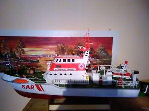 Seenotrettungskreuzer BERNHARD GRUBEN mit Beiboot JOHANN FIDI