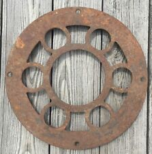 OLD VTG ANTIQUE CAST IRON ROUND STOVE PIPE SURROUND CIRCLE VENT HEATING REGISTER