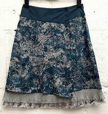VILA - Fine Cotton Embroidered Skirt / Lined - Small - Excellent Condition.