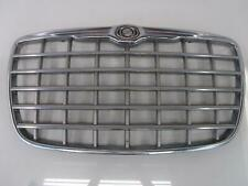 05 CHRYSLER 300 300C Grille exc SRT8 Silver and Chrome Center Grill 04805927AA