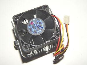 TITAN Lüfter Cooler Fan + Heatsink +++ 12V +++ 50x50x15 3pin