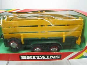 BRITAINS 9555 GREEN TRACTOR TRAILER  Ramp & Slat Sides 1980 NOS  Made in England