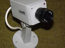 camera factice vidéosurveillance   à détecteur de mouvements.