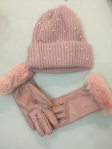 Zara  hat and gloves set