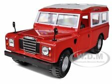 OLD LAND ROVER RED 1/24 DIECAST CAR MODEL BY BBURAGO 22063