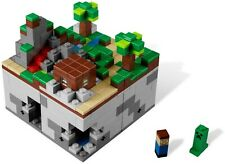 LEGO Minecraft 21102 Micro World: The Forest 100% Complete w/ Manual & Microfigs