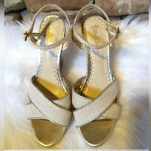 Lilly Pulitzer Wedge Sandals/ Beige With Gold Metallic Flecks Size 7