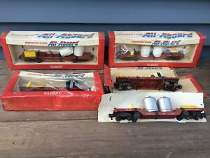 Vintage Lot 5 Gilbert American Flyer  ~ All Aboard ~ Trains - Service Car - Erie