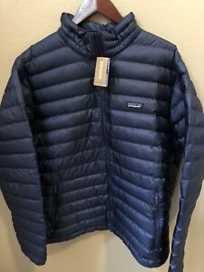 NWT Patagonia Men's Down Sweater Jacket Classic Navy Medium 84674 $229