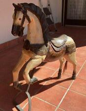 Karusellpferd aus Holz bemalt