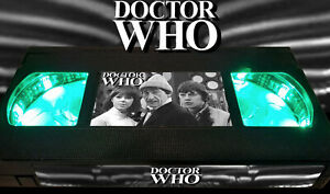 Doctor Who - 2nd Doctor 1966 Patrick Troughton - Retro VHS Lamp +Remote Control